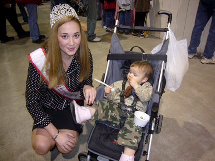 Lucia meets Miss Pennsylvania.