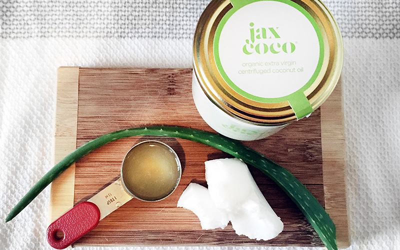 5 Reasons to Use Organic Coconut Oil This Summer
