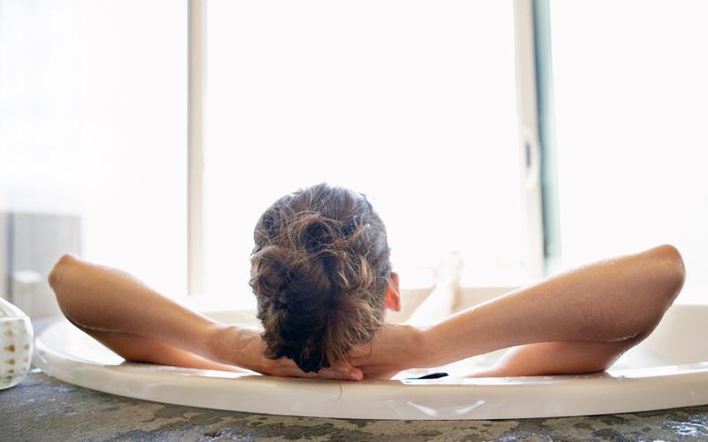14 Steps to an Amazing Detox Bath