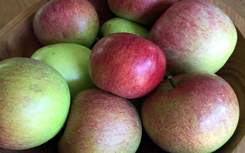 The Impact of Organic Apples