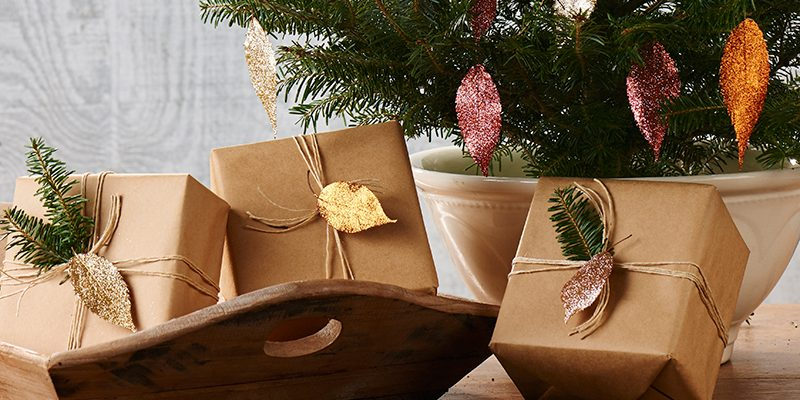 Holiday Leaf Ornaments… With a Twist of Bling