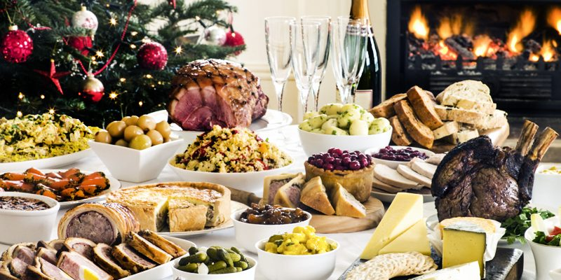 What 4 Nutritionists Eat at New Year's Eve Parties