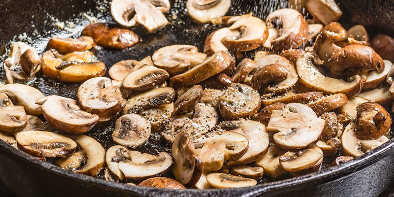 5 Things to Know about Cooking with Cast Iron