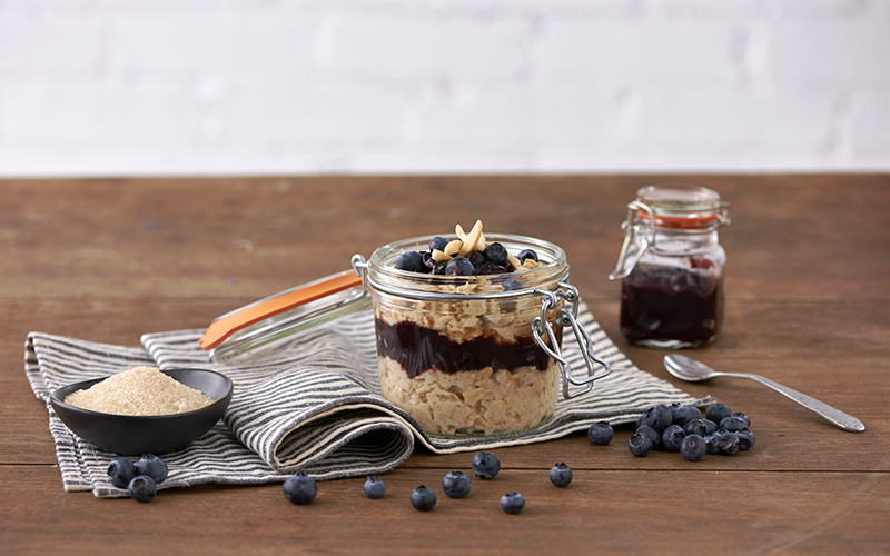 Mason Jar Overnight Oats Breakfast