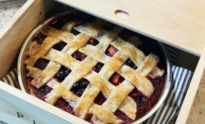 Four-Berry Pie